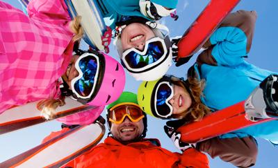 Foto groep bij Wintersport